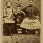 ANONIMO - COPPIA CINESE IN CASA, [Cina, 1865]