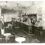 24f. Caffè nazionale in Piazza Grande, [1900-1905] F48185-48187