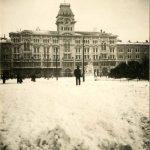51. Piazza grande con la neve , [1911] F16453, F16454, F21996