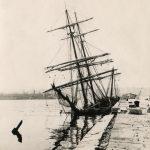 56. Edoardo Strudhoff, Brick affondato presso la diga del porto : 15 giugno 1911 F20924, 20925