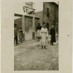 04-Donne-addette-alla-manutenzione-delle-strade--Vittorio-Veneto-CMSA_H_17111